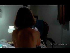 Isabelle Huppert - La dentelliere (1977) 2
