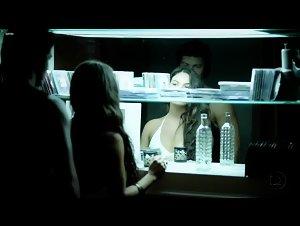 Isis Valverde - O Canto da Sereia (2013) 4