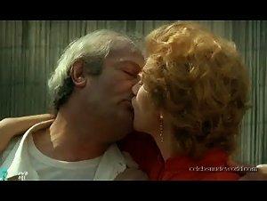 Isabelle Huppert - Storia di Piera (1983)