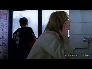 La pianiste sex scene 3