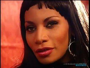 Laure Sainclair , Matalana - Le prix de la luxure (1998)