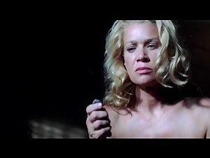 Laurie Holden - Walking Dead (2010)