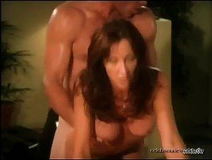 White girls flash big ass