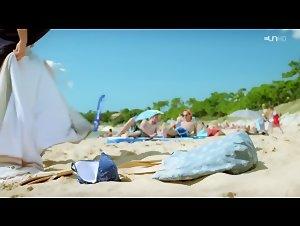 Margaux Rossi - Hotel de la plage (2014)