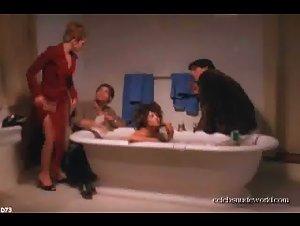 Natasha Gregson Wagner - Modern Vampires (1998) 2