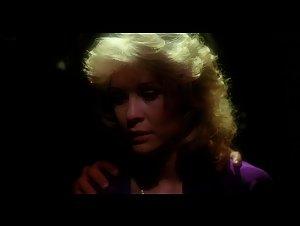 Beverly Warren , Elisabeth Brooks - Howling (1981)