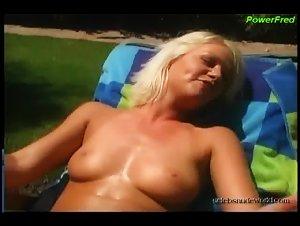 Beverly Lynne, Dawn Arellano, Kitana Baker, Zana Cochran in Bachelorette Party Exposed (2002)