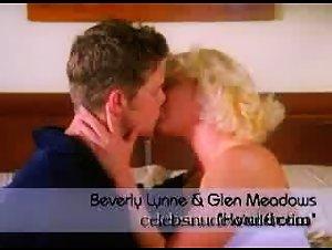Beverly Lynne - Hotel Erotica (2004) 7