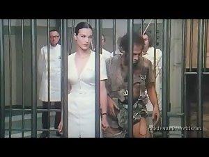 Carole Bouquet - Bingo Bongo (1983)