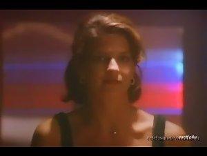Caroline Ambrose , Jennifer Hammon - Allyson Is Watching (1997) 3