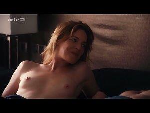 Moran nackt Kate  Lena Headey