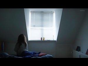 Lea Hjort Mathiesen - Ode o (short) (2015)
