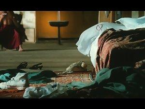 Nicole Garcia - Peril en la demeure (1985)