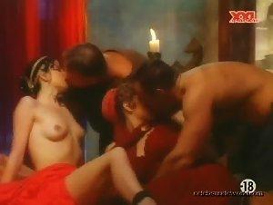 Petra Short , Diana Rossi - Gladiator 1 (2002)