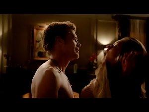 Phoebe Tonkin - Vampire Diaries (2009)