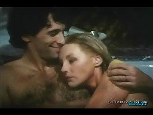 Tiffany Bolling in Love Scenes (1984) 7