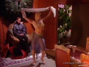 Caroline Key Johnson , Darla Derly , Zoe Paul - Sex Files: Ancient Desires (2000)