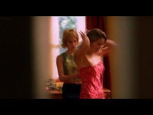 Denise Faye , Lisa Arturo - American Pie 2 (2001)
