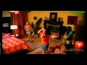 Devinn Lane , Gigi Ferari , Jenna Brooks - 7 Lives Xposed (2001)