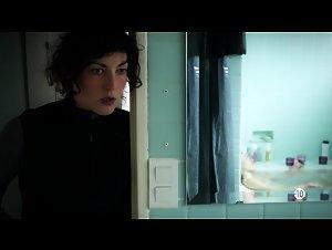 Emeline Fremont - Deux flics sur les docks (2011)