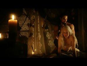 Emilia Clarke - Game of Thrones (2011) 3