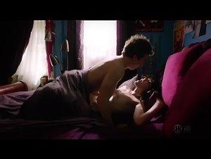 Emma Greenwell - Shameless (2011) 7