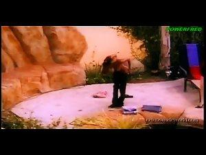 Jenna Brooks , Justine Joli - 7 Lives Xposed (2001)