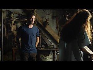 Jenna Thiam - Les Revenants (2012) 4