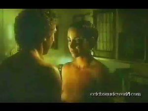 Kathleen Quinlan - Sunday Lovers (1980) 2