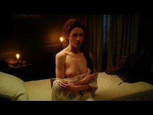 Sarah Winter , Unknown Girls - Casanova (2015)