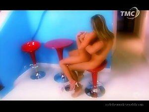 Tina in Fantasmes (2007) 4