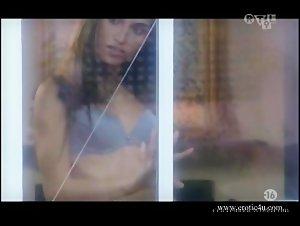 Tina - Fantasmes (2007) 10