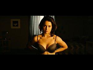 Ali Cobrin - GirlHouse (2014)