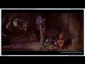Brigitte Bardot - Les bijoutiers du clair de lune (1958)