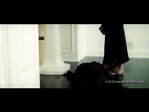 Cassandra Cruz , Gabriella Wilde - Squatters (2014)