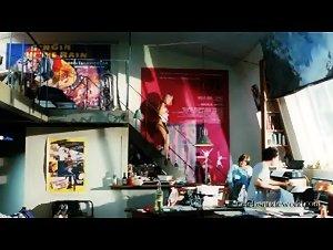 Dina Nietes Capistrano - Un bonheur n'arrive jamais seul (2012)