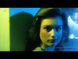 Catarina Raacke , Rebecca Winter - Loft (1985)