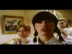 Catherine Greiner , Celine Galone , Elodie Delage , Jane Baker - Les petites ecolieres (1980)