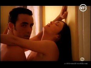 Diosa, Myriam Nedellec in Dangereux desirs (2001)