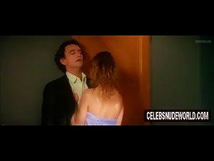 Emmanuelle Beart - A gauche en sortant de l'ascenseur (1988) 2