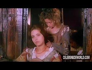 Emmanuelle Beart , Ornella Muti , Tosca D'Aquino - Il viaggio di Capitan Fracassa (1990)