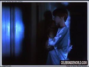 Jennifer Jason Leigh - Single White Female (1992) 4