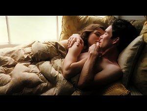 Keira Knightley , Sienna Miller - Edge of Love (2008)