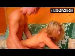 Sara Maglaughlin  nackt