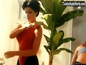 Kira Reed In Mistress Club 1999 Sex Scene Celebsnudeworld Com