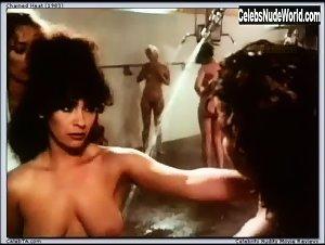 Sharon Hughes  nackt