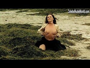 Isabelle Copejans  nackt