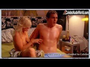 Ashleigh Hubbard  nackt
