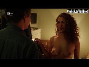 Nackt  Franziska Walser EIN SOMMERNACHTSTRAUM