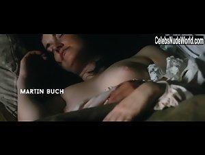 Vang nackt Agnete Julie Trine Dyrholm